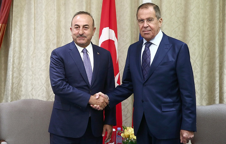 Turkey's Minister of Foreign Affairs Mevlut Cavusoglu (L) and Russia's Minister of Foreign Affairs Sergei Lavrov Valery Sharufulin/TASS