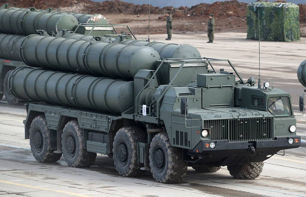 S-400 Triumf missile systems Sergei Bobylev/TASS