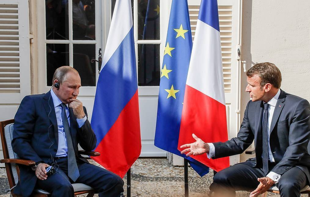 Russian and French Presidents, Vladimir Putin and Emanuel Macron Mikhail Metstsel/TASS