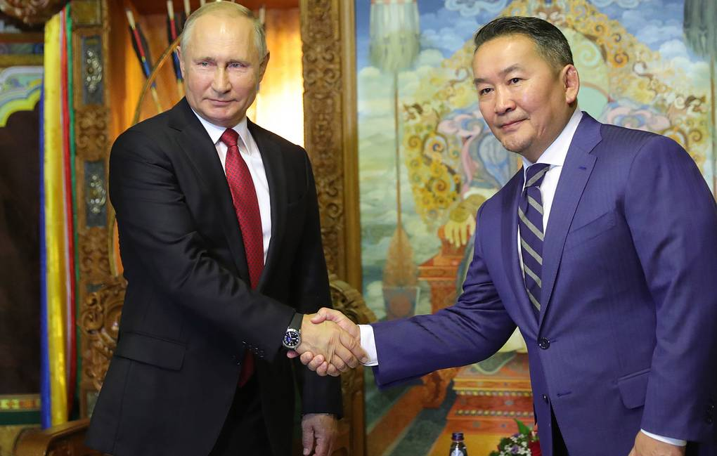 Russian and Mongolian Presidents, Vladimir Putin and Khaltmaagiin Battulga Mikhail Klimentyev/Russian Presidential Press and Information Office/TASS