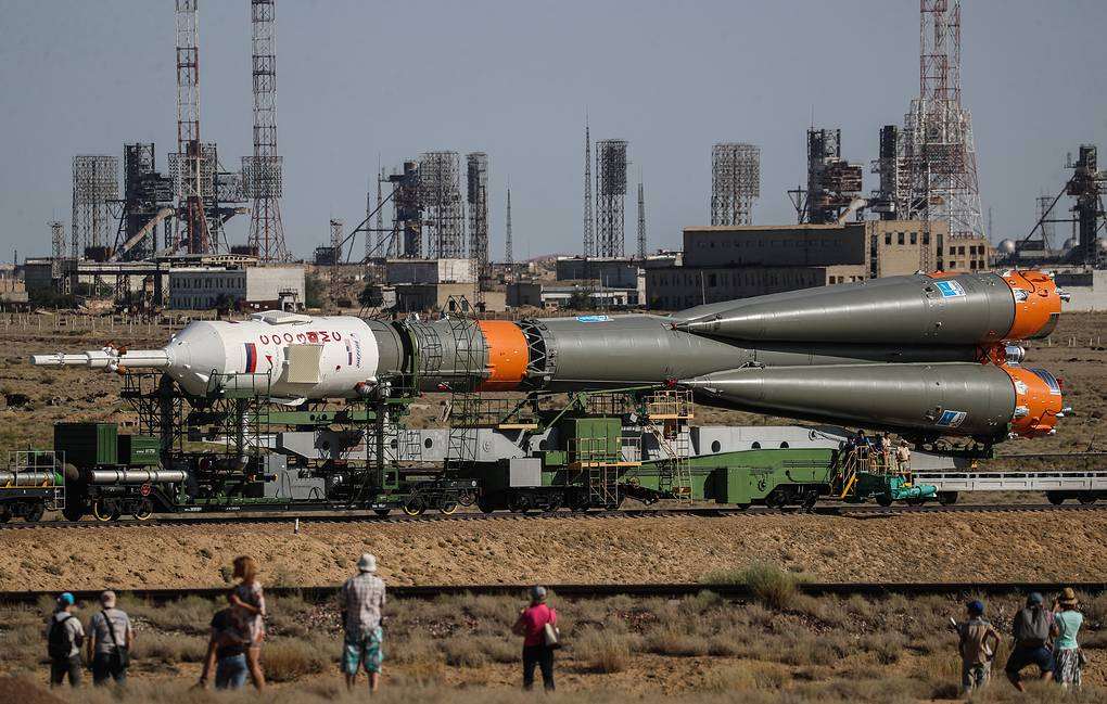 Roscosmos chief sees no foreign alternative to Russia's Soyuz spacecraft -  Science & Space - TASS