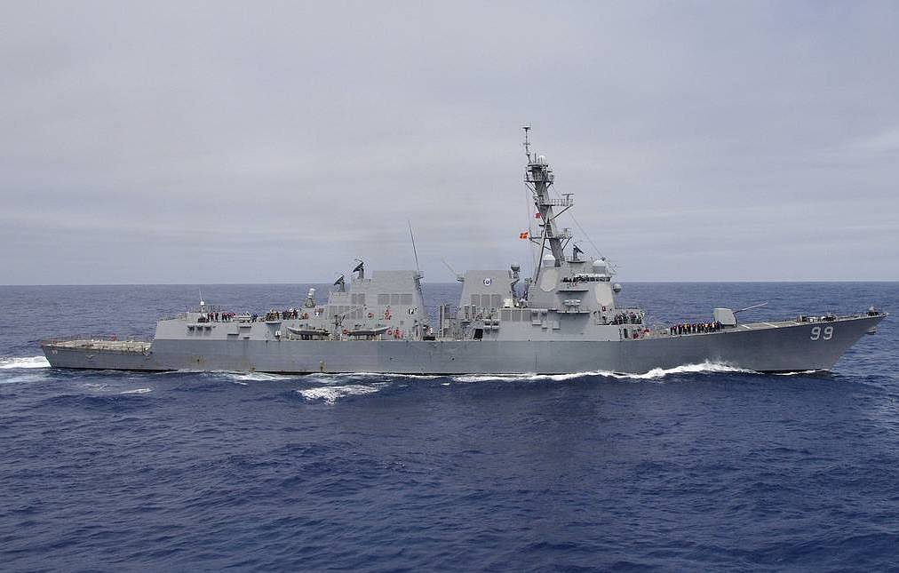 USS Farragut U.S. Navy photo by Cmdr. Michael W. Meredith
