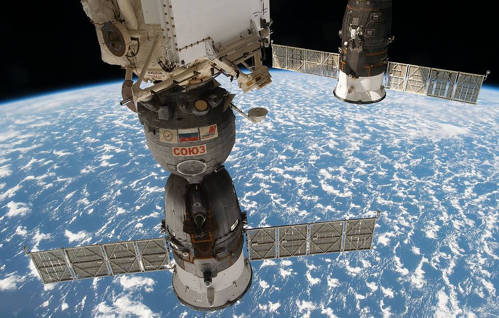Fracture on Soyuz spacecraft most likely caused by technological error — Roscosmos CEO - TASS