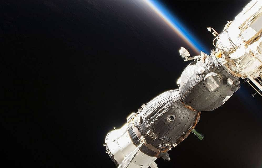 Russian cosmonauts to hold experiment in orbit to find causes of Soyuz spacecraft's hole