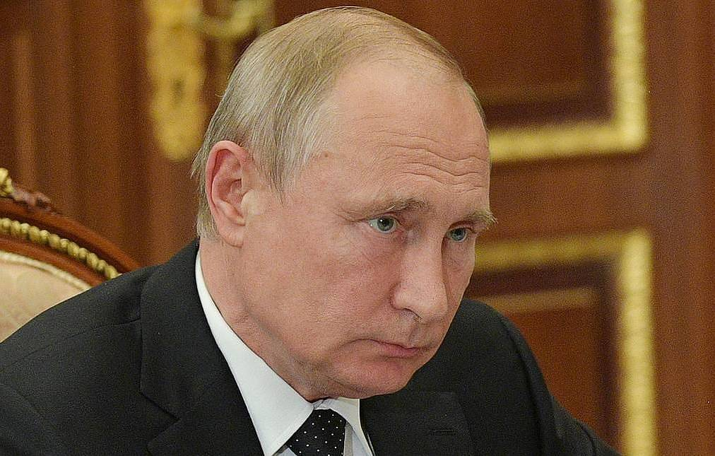 Putin heads to Vatican and Italy with one-day visit