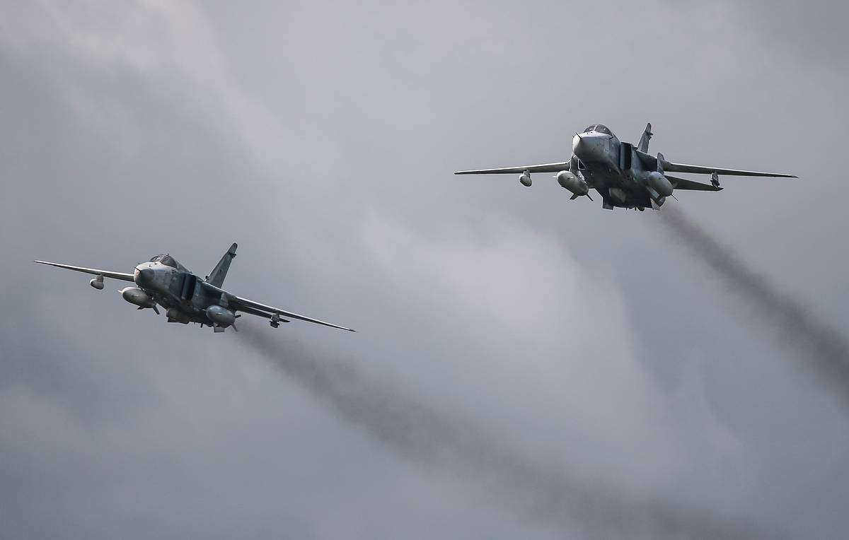 Su-24M bombers launch 100 missiles and bombs against enemy targets in south Russia drills