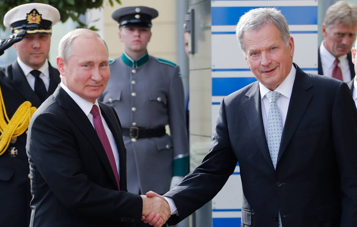 Putin arrives in Helsinki to hold talks with Finnish president