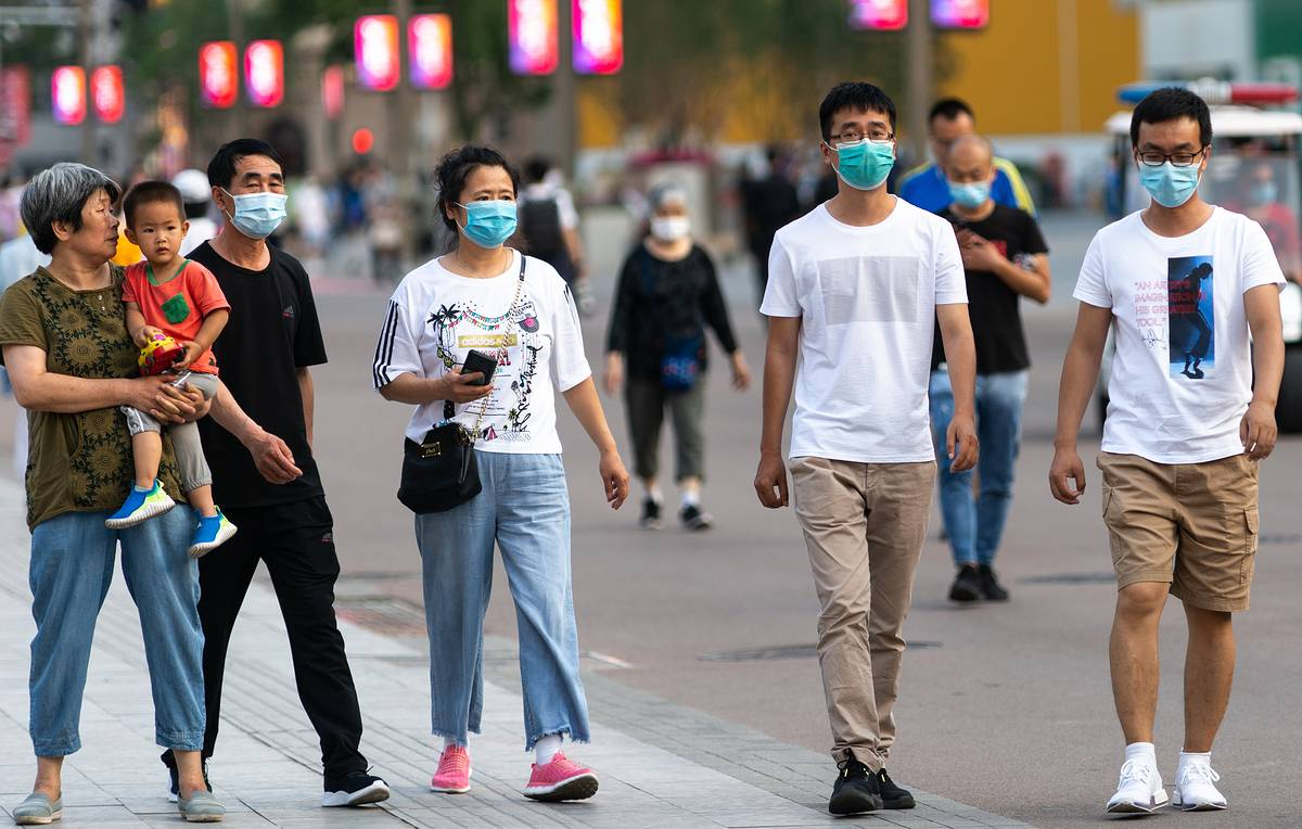 China confirms 36 new daily coronavirus cases and 21 asymptomatic carriers