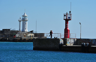 A lighthouse in Yalta (archive)