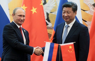 Russian President Vladimir Putin and China's President Xi Jinping (archive)