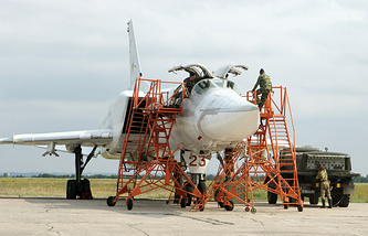 Russia's Tu-22M3 strategic bomber (archive)