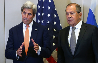 US Secretary of State John Kerry (left), Russian Foreign Minister Sergei Lavrov (right)