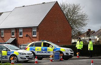 Police officers near Sergei Skripal's home