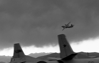 Soviet aircraft in the sky over Kabul, 1987