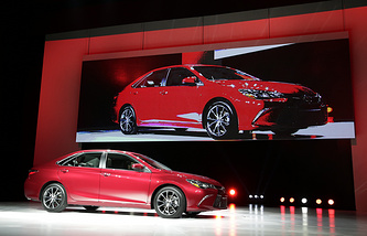 Презентация Camry модели 2015 года на New York International Auto Show, апрель 2014 года