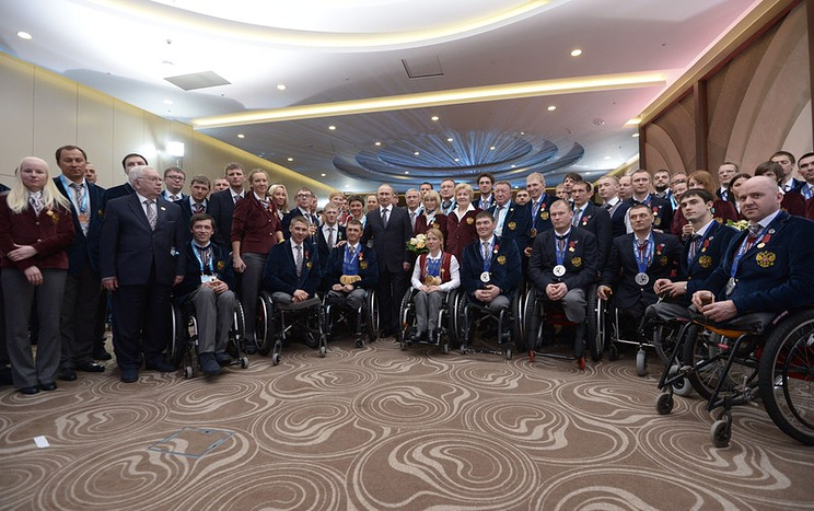 Vladimir Putin presents state awards to winners of Sochi 2014 Winter Paralympics