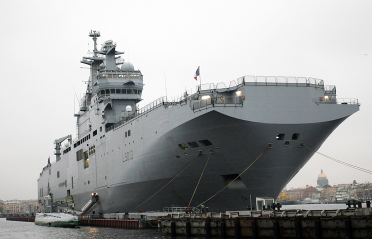 France's Mistral helicopter carrier (archive)