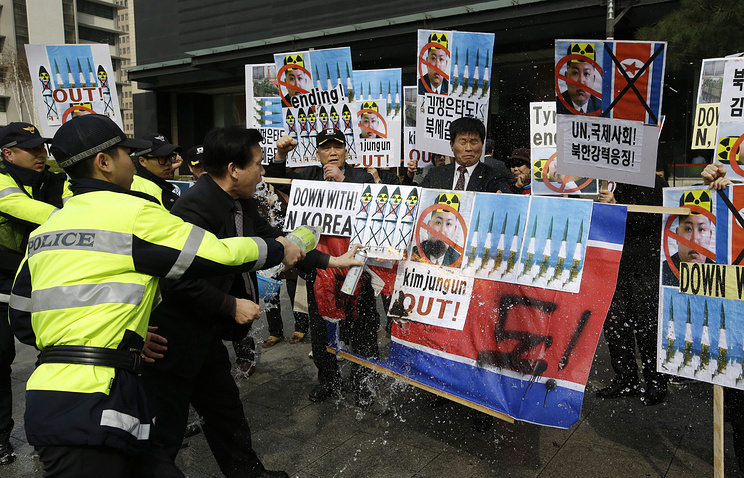 Anti-North Korean protesters in Seoul