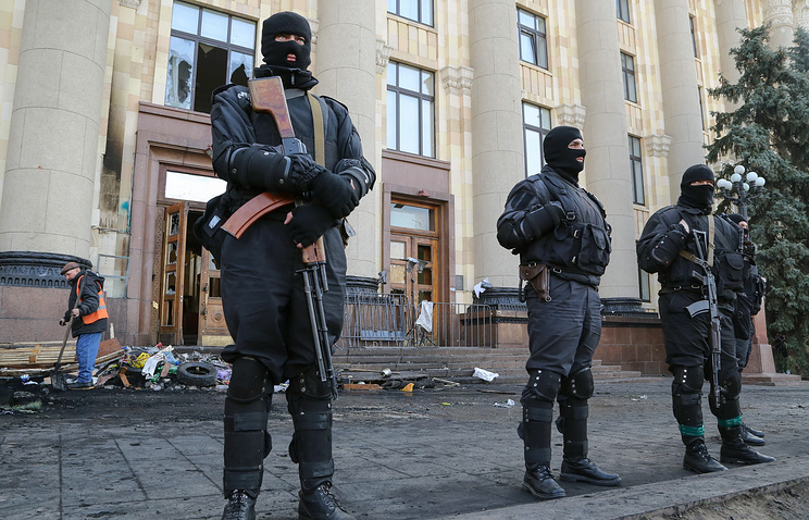 Ukrainian police officers in Kharkiv
