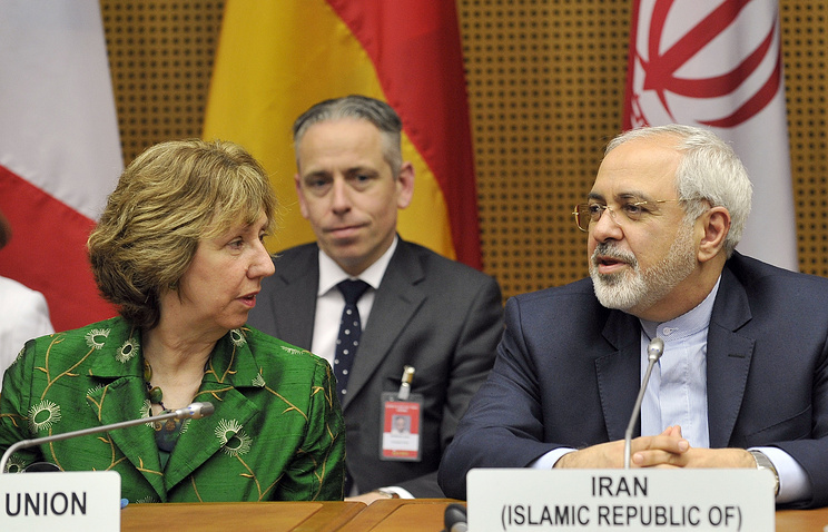EU High Representative for Foreign Affairs Catherine Ashton and Iranian Foreign Minister Mohammad Javad Zarif
