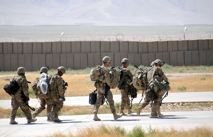 Soldiers prepare to leave Afghanistan