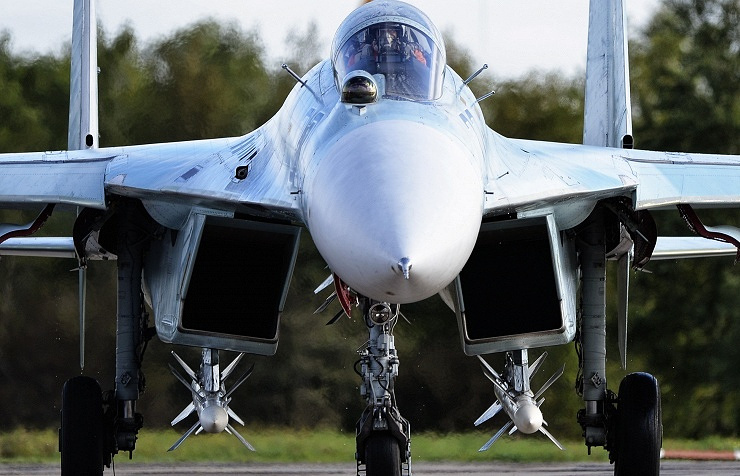 Sukhoi Su-27 fighter jet