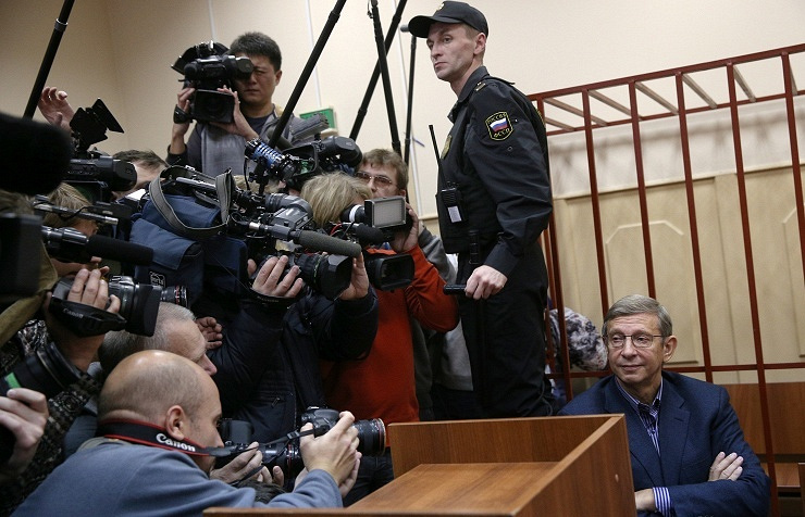 Vladimir Yevtushenkov in court