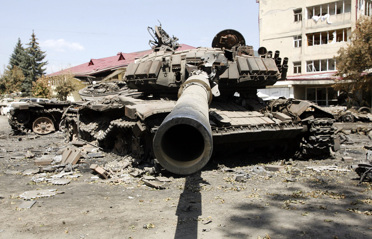 A destroyed Georgian tank seen in Tskhinval after the conflict in 2008