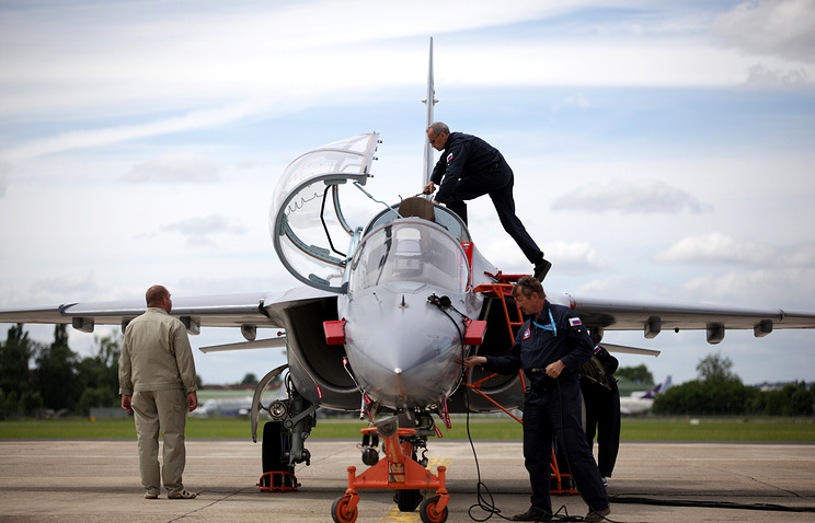 Russian Yak-130 aircraft at the air show (archive)