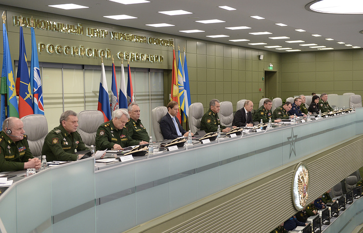 Vladimir Putin at the National Center for Control over National Defense