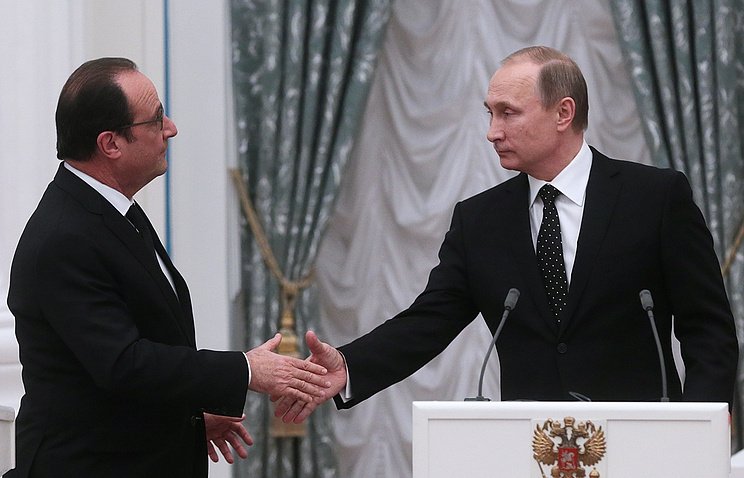 French and Russian Presidents Francois Hollande and Vladimir Putin