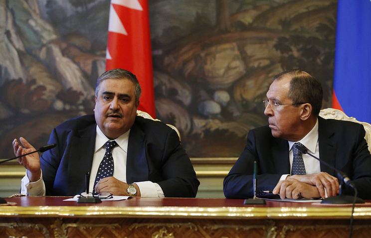 Foreign Minister of Bahrain Khalid bin Ahmed Al Khalifa and Russian Foreign Minister Sergey Lavrov