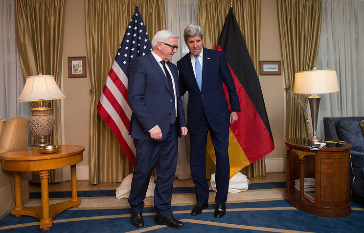 German Foreign Minister Frank-Walter Steinmeier and US Secretary of State John Kerry