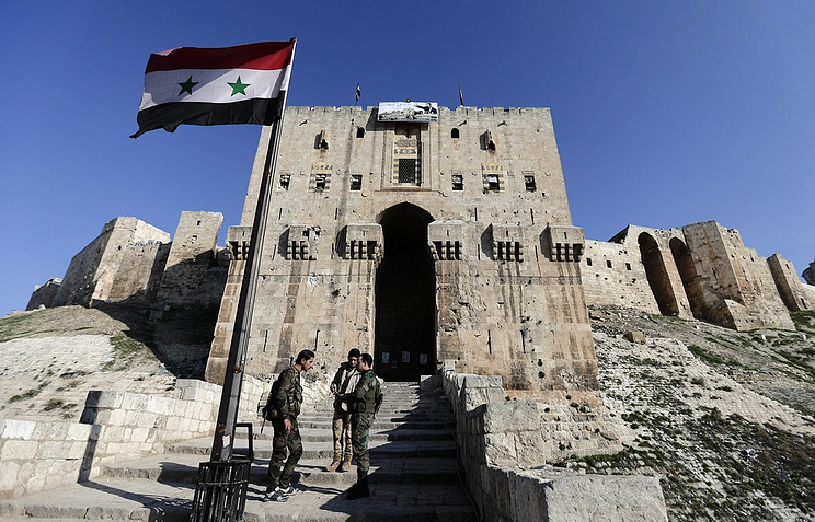 Syrian Opposition, Lavrov Unlikely to Discuss New Syria Constitution in Moscow