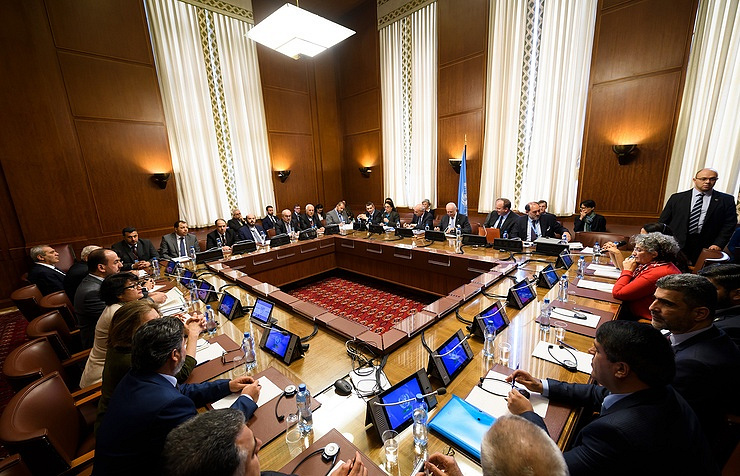 Sponsored peace talks b/w Syrian govt & opposition begin in Geneva