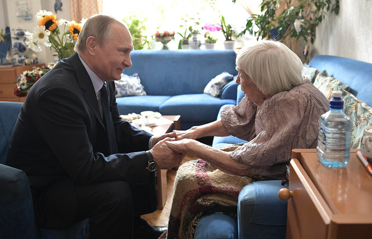 Russian President Vladimir Putin and human rights defender Lyudmila Alexeyeva