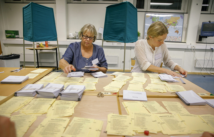 Votes are counted in central Stockholm, 2014