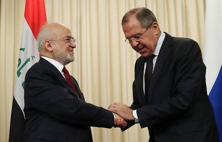 Iraqi Foreign Minister Ibrahim al-Jaafari and Russian Foreign Minister Sergey Lavrov